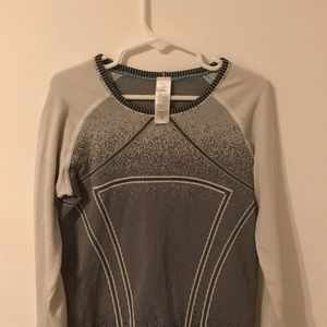 ivivva long sleeve workout top